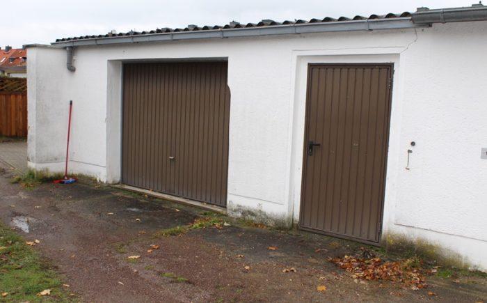 Garage inkl. Werkstatt